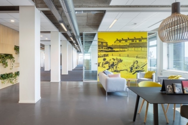 Stadsdeel Nieuw-West Government Office Design by Fokkema Partners