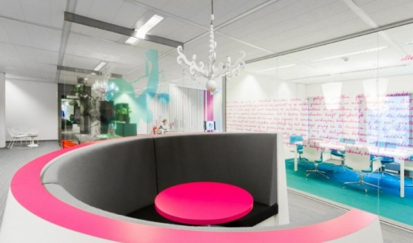 Communications pr office design gallery the best for Ideal office design