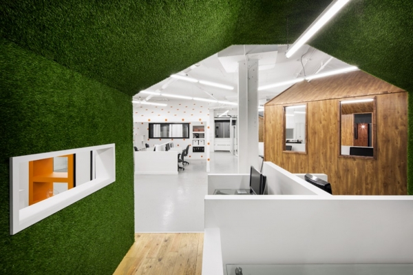 Bicom Communications Montreal office design by Jean De Lessard