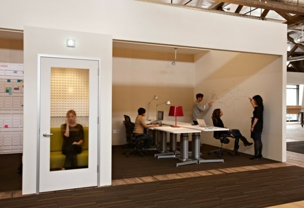 Ideo Office Design by Jensen Architects