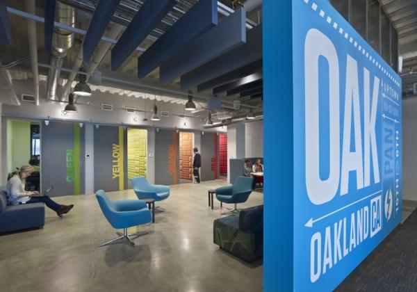 Pandora Office Design by Studio Architecture