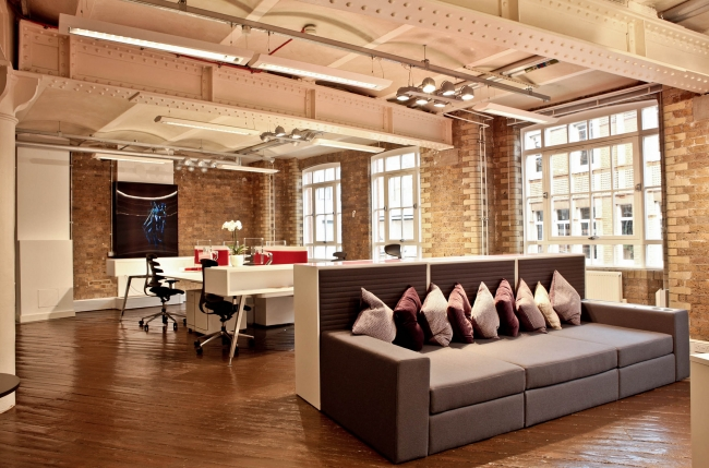 Famo Clerkenwell Office Design by K2 Space