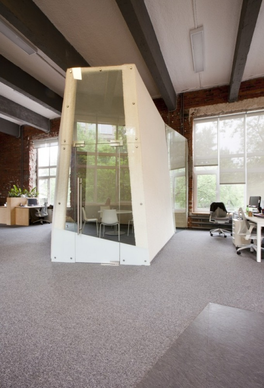 Svoyo Mneniye Agency Office Design by Za Bor Architects