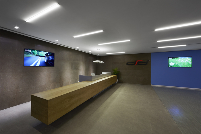 Finance office design gallery the best offices on the for Office design gallery